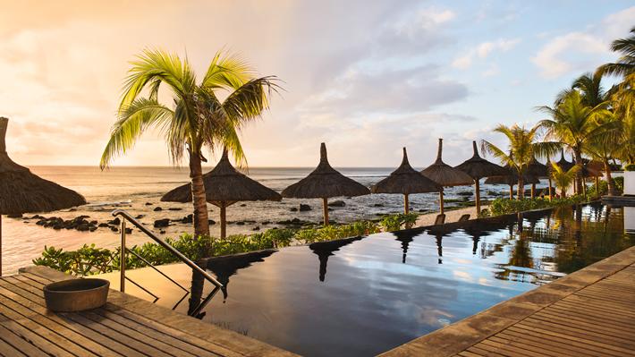 Hotel mauritius r cif attitude hotel sports for Swimming pool mauritius