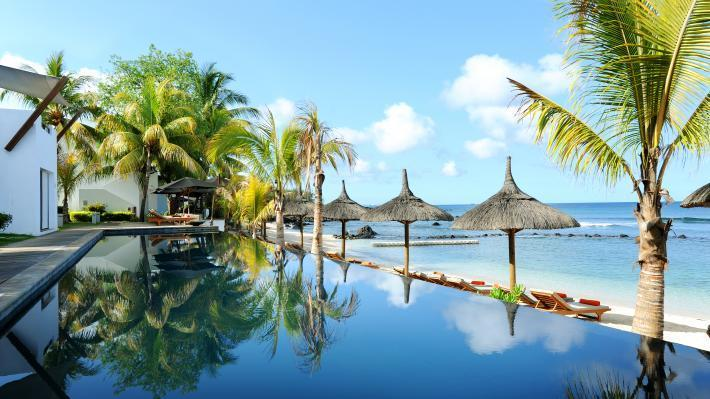 Swimming pool, Recif Attitude Hotel, Mauritius